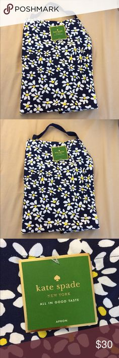 """NWT Kate Spade Daisy Fields apron Brand new with tags Kate Spade """"daisy fields"""" good taste apron, navy blue with white daisy flowers pattern. Has dark blue ribbon around the neck and on both sides (ties to fit). Makes a great gift! *Also, check out my closet for lots of other Kate Spade items this can be bundled with! kate spade Accessories"""