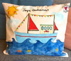 Buntes Segelboot, Geschenk zur Geburt, Kissenbezug aus Bio-Baumwolle
