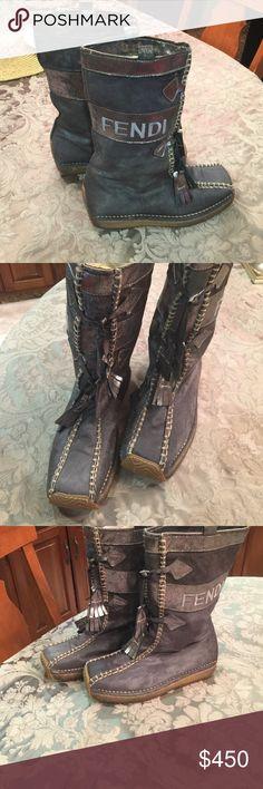 Fendi snow boots size 7 1/2 Fendi snow boots size 71/2 Fendi Shoes Combat & Moto Boots