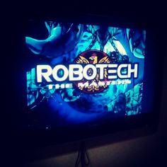 Más de 30 años han pasado y todavía disfruto de esta serie como si fuera un niño.  #robotech #serie #1985 #anime