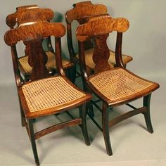 Arte em Palha (Empalhamentos, Itu/SP) Cel/Whats: 11 97040-6441 Tel: 11 4025-2175 Instagram: #arteempalha  #cadeira #palhinha #cadeiradepalhinha #caning #chair #canespotting #chairseats #vintage #vintagestyle #restored #restore #rejilla #silla #decorhome #decorate #decor #decorar #decorations #interiors #instadecor #tardelinda #tardeboa #boatardeee #boatardee #goodafternoon #bonjour #follow4follow