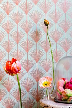 Enjoy this contemporary art deco wallpaper with stylized flowers in a stunning color combination whose floral pattern in turn produces a coquettish diamond pattern. Art Deco Wallpaper, Wallpaper Samples, Designer Wallpaper, Pattern Wallpaper, Estilo Art Deco, Flower Power, Orange Tapete, Design Elements, Design Art