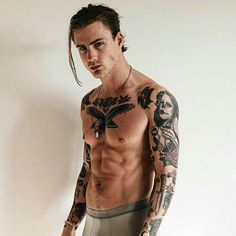 Thomas Davenport, Best Poses For Men, Good Poses, Hot Guys Tattoos, Sexy Tattoos, Tatoos, Beautiful Boys, Pretty Boys, Tatted Men
