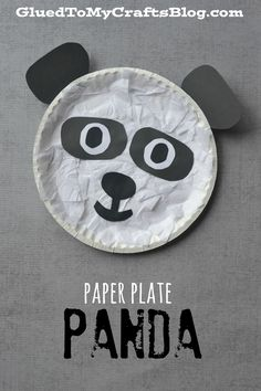 Paper Plate Panda Kid Craft is part of Kids Crafts January Website Not only is our Paper Plate Panda kid craft idea super simple and fun for all ages, but it also goes along PERFECTLY with the adora - Zoo Crafts, Bear Crafts, Animal Crafts For Kids, Daycare Crafts, Classroom Crafts, Glue Crafts, Toddler Crafts, Preschool Crafts, Art For Kids
