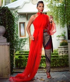 modern african fashion looks stunning . Africa Fashion, African Print Fashion, African Fashion Dresses, Fashion Outfits, Ankara Fashion, Modern African Fashion, African Outfits, Fashion Ideas, African Prints