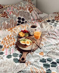 Marimekko Bedding, Swedish Candle, Scandi Chic, Satin Bedding, Poppy Pattern, Bachelorette Pad, Love Home, Nordic Design, Home Textile