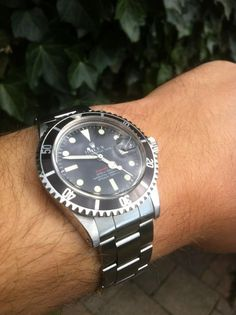 1972 red sub 1680 meters first.. a classic!