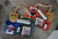 Event goodie bags and merchandise for TEDxUbud by Elami and Co in Bali, Indonesia. Produced by Hatiku Indonesia. Sleeping mask by Quarzia Batik. Cacao nibs by Big Tree Farms Bali, mosquito spray by Utama Spice.   Blog — Elami and Co. We tell brand stories, online and offline.