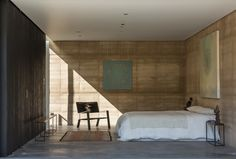 Rammed Earth  Tucson Mountain Retreat / DUST