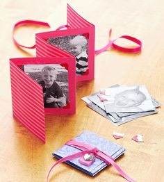 Valentine's Day Decorations and Gifts Make a photo card for a special Valentine's present. Wouldn't a very special deployed daddy LOVE this?Make a photo card for a special Valentine's present. Wouldn't a very special deployed daddy LOVE this? Kids Crafts, Mothers Day Crafts For Kids, Family Crafts, Valentines Presents, Valentines Day Decorations, Craft Gifts, Diy Gifts, Homemade Gifts, Photo Cards