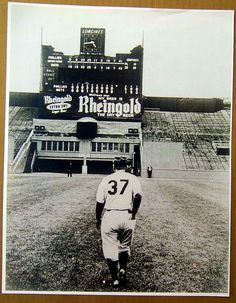 Casey Stengel after the last game of the season at the Polo Grounds. September 18, 1963