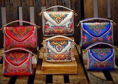 AS MALAS COM ALMA PORTUGUESA Magnética Magazine Portuguese Culture, Beauty Corner, Visit Portugal, Keep It Real, Vera Bradley Backpack, Leather Handbags, Me Too Shoes, Tbs, Design