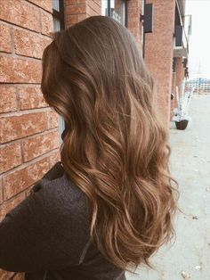 Long Wavy Ash-Brown Balayage - 20 Light Brown Hair Color Ideas for Your New Look - The Trending Hairstyle Balayage Hair, Ombre Hair, Brown Balayage, Curly Hair Styles, Natural Hair Styles, Natural Brown Hair, Golden Brown Hair, Long Brown Hair, Bayalage Light Brown Hair