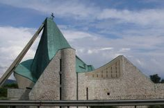 Giovanni Michelucci: la chiesa di S. Giovanni Battista, sull'Autostrada del Sole (Firenze, 1963)