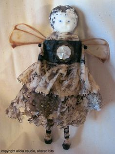 Altered Bits: Alicia Caudle's Altered Art and Mixed Media Art Pieces (altered dolls, altered art canvases, collages, assemblages, mixed media art, shadow boxes, altered mirrors)