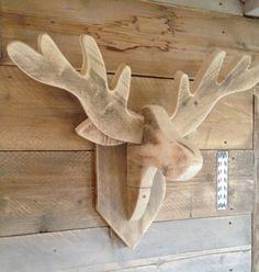 Hertenkop steigerhout