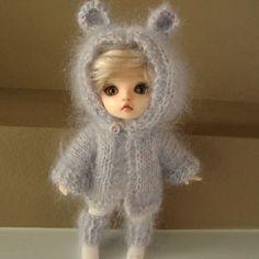Lavender Kidsilk Bear Hoodie and Legwarmers for by myfairdolly, $24.00 Bear Hoodie, Stuffed Animals, Bjd, Elsa, Lavender, Dolls, Christmas Ornaments, Hoodies, Disney Princess