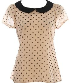 Contrast Collar Top >> Great with jeans, dress pants or skirt!