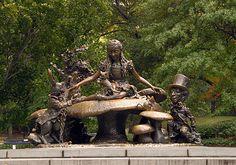 Alice in Wonderland in Central Park!