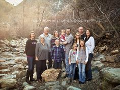 extended family photography in Salt Lake City Utah salt_lake_city_utah_child_and_family_photographer_family_all_together_01
