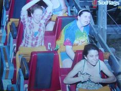 PHOTOS | Funny Roller Coaster Pictures