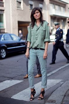 Khaki shirt with cutouts, stripey jeans & the most fabulous heels