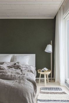 dark green walls via simply grove.