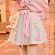 Korean Fashion Trends you can Steal – Designer Fashion Tips Set Fashion, Pastel Fashion, Lolita Fashion, Look Fashion, Girl Fashion, Fashion Dresses, Fashion Ideas, Ulzzang Fashion, Harajuku Fashion