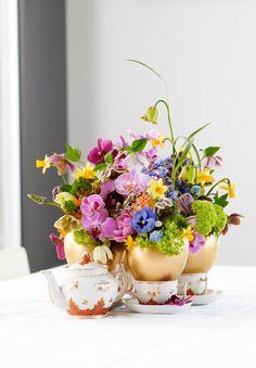 Tee pääsiäisen kukka-asetelma | Viherpiha