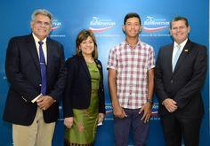 Armario de Noticias: Banreservas reconoce a jóvenes tenistas dominicano...