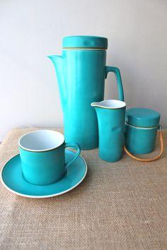 Retro Coffee Set – Fine Porcelain - Kelco Japan – Coffee Tea Pot, Milk Jug, Sugar Bowl and 4 Cups and Saucers – Turquoise