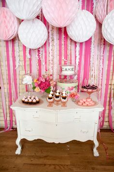The Frosted Petticoat: Seven Springtime Dessert Tables. Adorable styling and some fun furniture pieces.