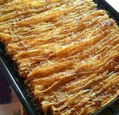 Greek Sweets, Greek Desserts, Turkish Recipes, Greek Recipes, Ethnic Recipes, Halva Recipe, Cookie Recipes, Dessert Recipes, Grab Food