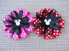 Mickey and Minnie Mouse bows I just have to try to make ASAP