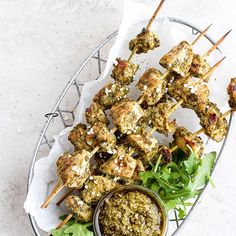 Are you ready for the easiest Grilled Pesto Chicken Skewers of your dreams? To make these pesto grilled chicken skewers all you need is 2 ingredients and a grill, so let's go! Grilled Pesto Chicken, Grilled Fish Recipes, Grilled Chicken Skewers, Healthy Grilling Recipes, Healthy Meal Prep, Healthy Eats, Keto Recipes, Grilled Peppers And Onions, Best Chicken Recipes
