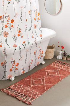 32 Small Bathroom Design Ideas for Every Taste - The Trending House Boho Bathroom, Bathroom Rugs, Small Bathroom, College Bathroom Decor, Cute Bathroom Ideas, Girl Bathrooms, Bathroom Inspo, Zebra Bathroom, Colorful Bathroom