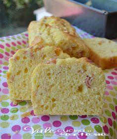 Plumcake salato con prosciutto cotto e philadelphia facilissimo e veloce ideale per apericene ,antipasto finger food oppure anche gustato al posto del pane