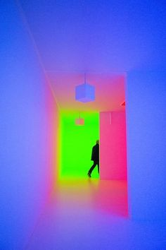 The latest exhibition at Hayward Gallery displays the works of artists from the 1960s to the present day who have used artificial light as matter. It features works from Ann Veronica, Katie Paterson, Carlos Cruz-Diez and Bill Culbert to name a few.: