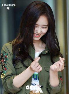 Kim So Hyun 170703 Ruler-Master of The Mask Wrap up Party Child Actresses, Korean Actresses, Korean Actors, Who Are You School 2015, Kim So Hyun Fashion, Hyun Ji, Kim Sohyun, Girl Korea, Korean Beauty