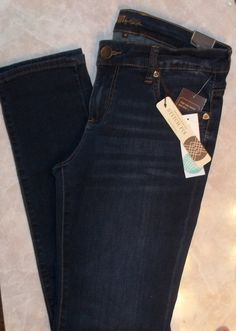 Stitch Fix Sept. 2015. Kut From The Kloth Kate Boyfriend Jean. Mid Rise, the fit for me felt somewhere between a skinny and boyfriend, but not quite relaxed enough for a true boyfriend jean. I always recommend sizing down in Kut. https://www.stitchfix.com/referral/4292370