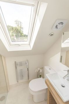 If you are looking for Small Attic Bathroom Design Ideas, You come to the right place. Below are the Small Attic Bathroom Design Ideas. Small Attic Bathroom, Loft Bathroom, Upstairs Bathrooms, Bathroom Interior, Bathroom Ideas, Budget Bathroom, Modern Bathroom, Master Bathroom, Loft Ensuite