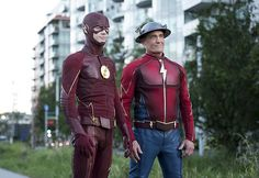 "Jay Garrick Reunites With Barry In THE FLASH Season 3 Episode 2 ""Paradox"""