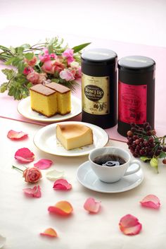 Decaffeinated rosehip blend coffee,made in Fukuoka.Japan. http://www.crescendo-cafe.com/