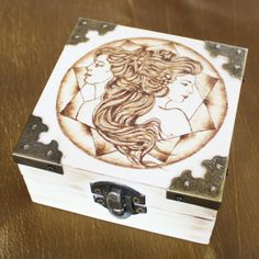 You know someone who loves horoscope and they're proud of their zodiac sign? Get them a unique, hand made wooden box. The drawing on the box is for Gemini but you can request any other symbol you need. The drawing is made using pyrography. Love Horoscope, Gemini Zodiac, Horoscope Signs, Zodiac Signs, Wooden Jewelry Boxes, Wooden Boxes, Custom Electric Guitars, Draw Your, Pyrography