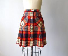 I had this skirt only mine was pleated and I loved it!