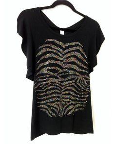 Camisa modelo borboleta en tela de visco negra con bling de animal print varios colores