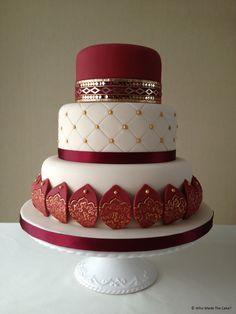 Ideas For Wedding Cakes Burgundy Ivory Indian Cake, Indian Wedding Cakes, Fall Wedding Cakes, Indian Weddings, Gorgeous Cakes, Amazing Cakes, Burgundy Wedding Cake, Ivory Wedding, Red Wedding