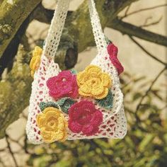 Floral crochet bag  cute pattern for little girls, just change the colors