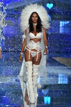 Model and new Victoria's Secret Angel Lais Ribeiro from Brazil walks the runway during the 2015 Victoria's Secret Fashion Show at Lexington Avenue Armory on November 10, 2015 in New York City.