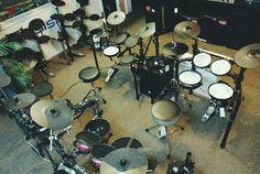 Venez essayer nos batterie électronique Roland et Alesis à partir de 399$! Roland, Guitar Amp, Musical Instruments, Drums, Musicals, Guitars, Music Instruments, Drum Sets, Instruments